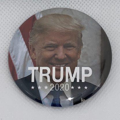 Trump 2020 w/ American Flag Campaign Button